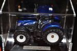 New Holland T7070 AC 'Blue Power'
