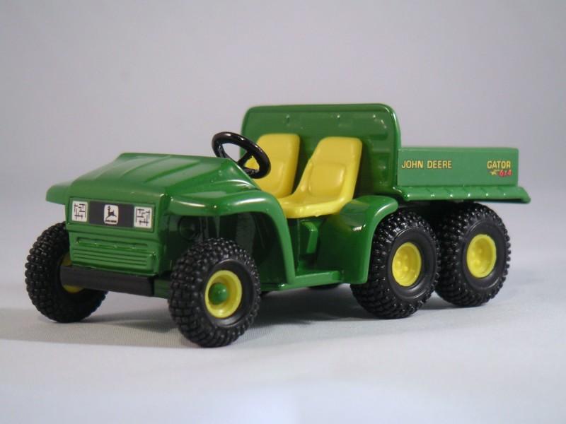 John Deere Gator 6x4 : John deere gator farmmodeldatabase